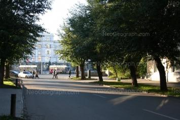 View to: Cheluskintsev street, 11. Yekaterinburg (Sverdlovskaya oblast)