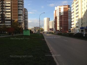 View to: Samotsvetniy boulevard, 5; Akademika Shvartsa street, 2 к3; Akademika Shvartsa street, 4. Yekaterinburg (Sverdlovskaya oblast)