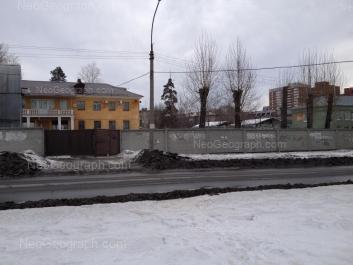 View to: Manevrovaya street, 11; Solikamskaya street, 10; Solikamskaya street, 12. Yekaterinburg (Sverdlovskaya oblast)