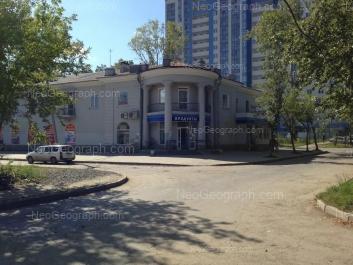 На фото видно: Сухумский переулок, 3; Аптекарская улица, 48 (Чермет плаза, жилой комплекс). Екатеринбург (Свердловская область)