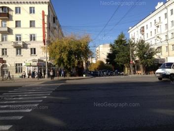 На фото видно: Азина улица, 46; Свердлова улица, 25; Свердлова улица, 27. Екатеринбург (Свердловская область)