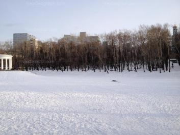На фото видно: Мамина-Сибиряка улица, 52; Шарташская улица, 4. Екатеринбург (Свердловская область)