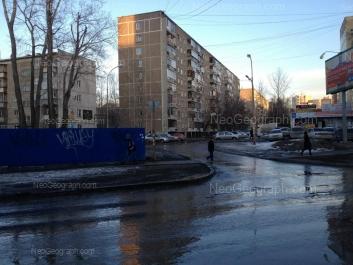 На фото видно: Парковый переулок, 41/4; Июльская улица, 39 к2; Июльская улица, 45. Екатеринбург (Свердловская область)