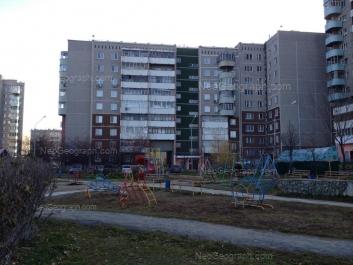 View to: Samotsvetniy boulevard, 6; 8 Marta street, 189/4. Yekaterinburg (Sverdlovskaya oblast)