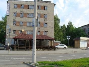 На фото видно: Посадская улица, 79; Посадская улица, 81. Екатеринбург (Свердловская область)