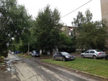 View to: Vosstaniya street, 122. Yekaterinburg (Sverdlovskaya oblast)