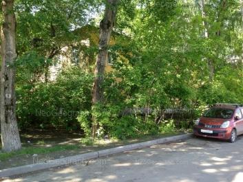 На фото видно: Ирбитская улица, 71. Екатеринбург (Свердловская область)
