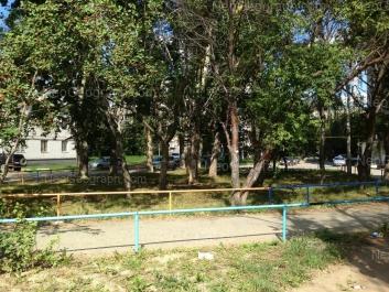 View to: Sanatornaya street, 5а. Yekaterinburg (Sverdlovskaya oblast)