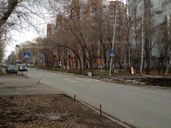 View to: Narodnoy voli street, 25; Khokhriyakova street, 104. Yekaterinburg (Sverdlovskaya oblast)