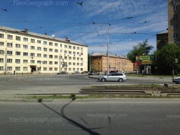 На фото видно: Донбасская улица, 31А; Донбасская улица, 33А; Донбасская улица, 35. Екатеринбург (Свердловская область)