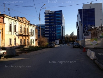View to: Dobroliubova street, 12; Chernishevskogo street, 9а; Chernishevskogo street, 12; Chernishevskogo street, 16А; Chernishevskogo street, 16. Yekaterinburg (Sverdlovskaya oblast)