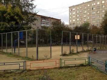 На фото видно: Викулова улица, 35/2; Викулова улица, 35/1. Екатеринбург (Свердловская область)