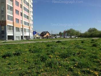 На фото видно: Бисертская улица, 36. Екатеринбург (Свердловская область)
