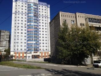 View to: Esenina boulevard, 10; Khrustalnaya street, 51. Yekaterinburg (Sverdlovskaya oblast)