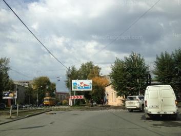 На фото видно: Уральская улица, 27; Уральская улица, 46; Уральская улица, 48. Екатеринбург (Свердловская область)