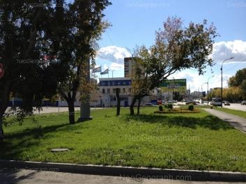На фото видно: Космонавтов проспект, 98А; Космонавтов проспект, 100. Екатеринбург (Свердловская область)