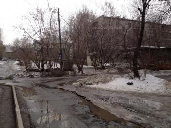 На фото видно: Корепина улица, 11Б; Краснофлотцев улица, 10А. Екатеринбург (Свердловская область)