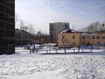 На фото видно: Восточная улица, 18 (Детский сад №288); Восточная улица, 20; Короленко улица, 9; Луначарского улица, 49. Екатеринбург (Свердловская область)