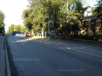 На фото видно: Краснофлотцев улица, 33. Екатеринбург (Свердловская область)