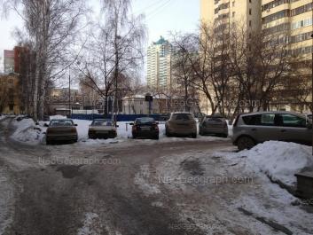 View to: Kuznechnaya street, 82; Lunacharskogo street, 85А; Shartashskaya street, 9 к2; Shartashskaya street, 9 к3. Yekaterinburg (Sverdlovskaya oblast)