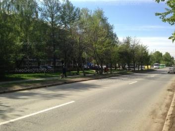 На фото видно: Бисертская улица, 4. Екатеринбург (Свердловская область)