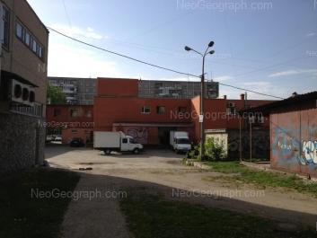 На фото видно: Волгоградская улица, 45; Волгоградская улица, 47. Екатеринбург (Свердловская область)