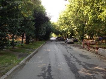 На фото видно: Избирателей улица, 9; Избирателей улица, 36. Екатеринбург (Свердловская область)