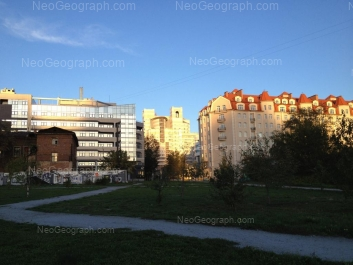 View to: Maksima Gorkogo street, 28; Maksima Gorkogo street, 63; Maksima Gorkogo street, 65. Yekaterinburg (Sverdlovskaya oblast)