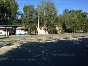 На фото видно: Старых Большевиков улица, 13. Екатеринбург (Свердловская область)