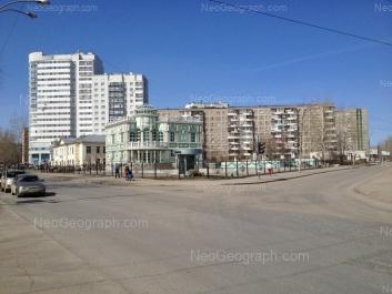 View to: Avtomagistralnaya street, 3; Pekhotintsev street, 21; Pekhotintsev street, 21а; Pekhotintsev street, 23; Pekhotintsev street, 25. Yekaterinburg (Sverdlovskaya oblast)