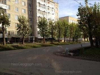 На фото видно: Испытателей улица, 22. Екатеринбург (Свердловская область)