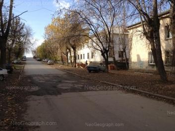 На фото видно: Зои Космодемьянской улица, 43; Зои Космодемьянской улица, 45; Зои Космодемьянской улица, 47. Екатеринбург (Свердловская область)