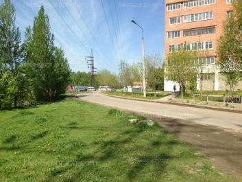 На фото видно: Бисертская улица, 2б. Екатеринбург (Свердловская область)