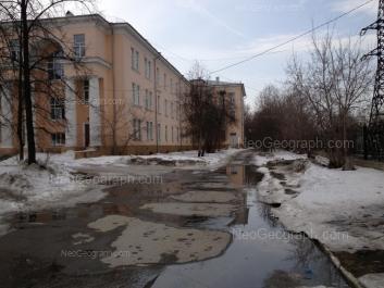 View to: Starikh Bolshevikov street, 9 (Центральная городская больница №23). Yekaterinburg (Sverdlovskaya oblast)
