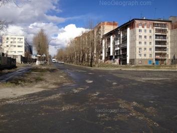 На фото видно: Маневровая улица, 9; Маневровая улица, 12. Екатеринбург (Свердловская область)