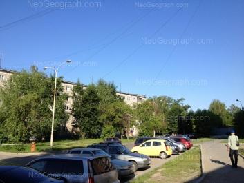 На фото видно: Белореченская улица, 12. Екатеринбург (Свердловская область)