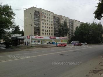 На фото видно: Шефская улица, 85. Екатеринбург (Свердловская область)