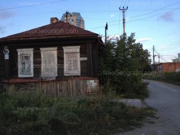 View to: Aivazovskogo street, 45. Yekaterinburg (Sverdlovskaya oblast)