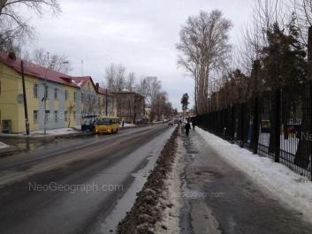 На фото видно: Расточная улица, 27; Расточная улица, 29. Екатеринбург (Свердловская область)