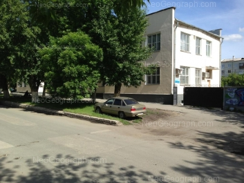 На фото видно: XXII Партсъезда улица, 6 (Баня Жемчужина). Екатеринбург (Свердловская область)