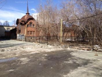 На фото видно: Северный переулок, 2; Северный переулок, 2 к1. Екатеринбург (Свердловская область)