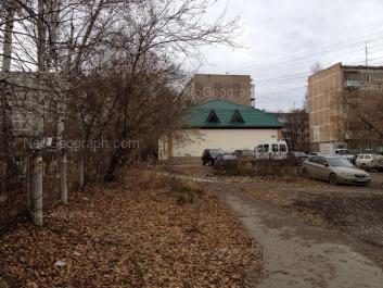 View to: Serafimi Deriyabinoy street, 15/1; Serafimi Deriyabinoy street, 15/2; Serafimi Deriyabinoy street, 17. Yekaterinburg (Sverdlovskaya oblast)