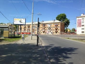 На фото видно: Донбасская улица, 35; Донбасская улица, 37; Донбасская улица, 39. Екатеринбург (Свердловская область)