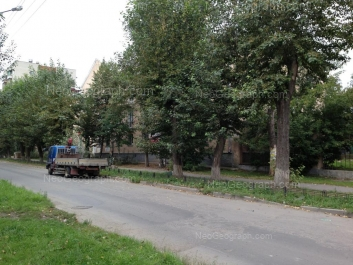 На фото видно: Братская улица, 6; Братская улица, 8. Екатеринбург (Свердловская область)
