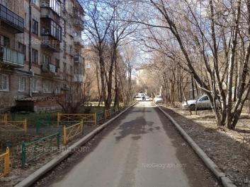 На фото видно: Мира улица, 1; Мира улица, 3В; Мира улица, 3А. Екатеринбург (Свердловская область)