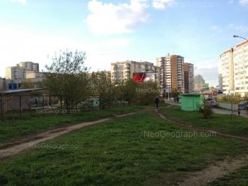 View to: Samotsvetniy boulevard, 5; Samotsvetniy boulevard, 6; Samotsvetniy boulevard, 10 (Детский сад №324); Akademika Shvartsa street, 2 к3; Akademika Shvartsa street, 2 к1. Yekaterinburg (Sverdlovskaya oblast)