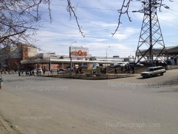 На фото видно: Техническая улица, 19 (Таганский ряд, ТК). Екатеринбург (Свердловская область)