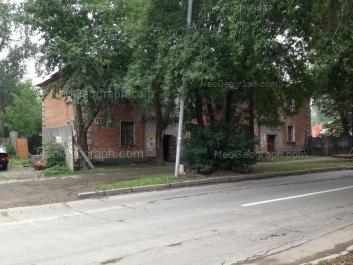 На фото видно: Красных Командиров улица, 76. Екатеринбург (Свердловская область)