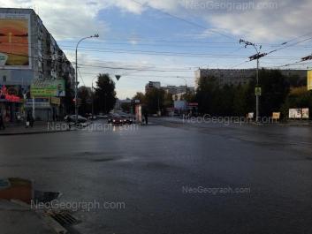 На фото видно: Викулова улица, 42; Крауля улица, 69. Екатеринбург (Свердловская область)