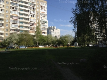 View to: Akademika Bardina street, 30; Chkalova street, 121; Chkalova street, 124. Yekaterinburg (Sverdlovskaya oblast)